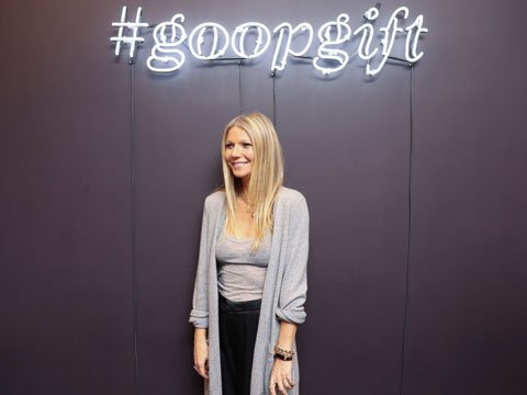 Gwyneth-Paltrow-attends-Manhasset-store-opening_480x360.jpg