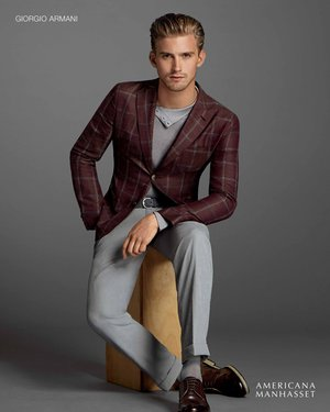 Holiday2014-GiorgioArmani_Americana-Manhasset.jpg